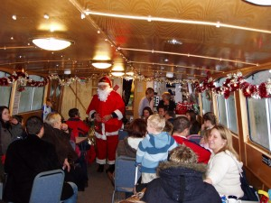 Canal Father Christmas boat trips